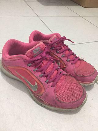🚚 Nike女子慢跑鞋(正版)