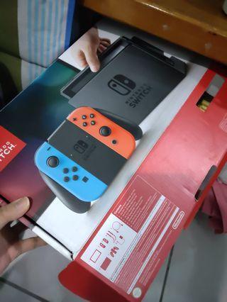 Switch 很新 極新 主機 出售 遊戲機 加遊戲