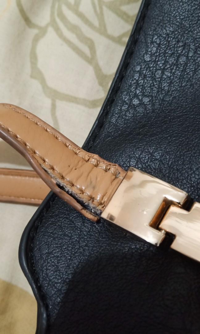 1 Etlase 2 Items: Tas Les Femmes Hitam shoulder bag & Tas Elle Biru ori 100% sling bag