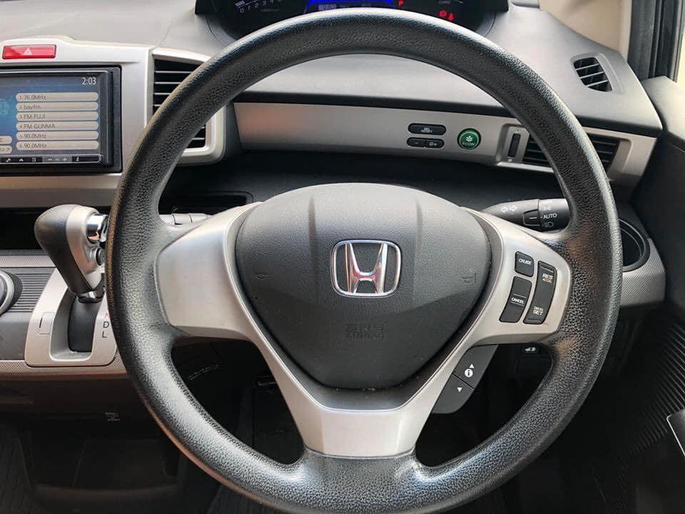 2012' Honda Freed Hybrid 1.5 AT(6座)