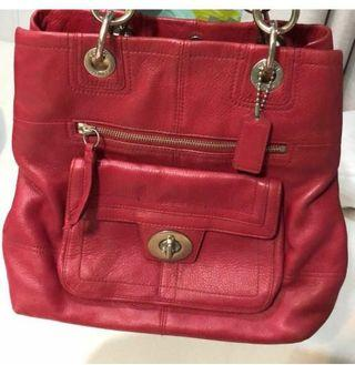 🚚 Coach red leather handbag