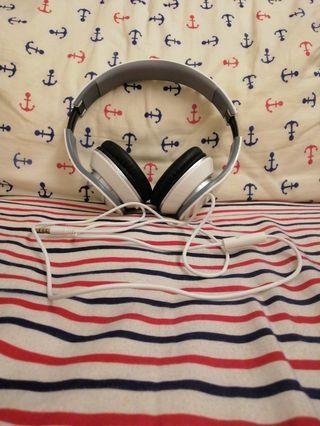 🚚 Headphones