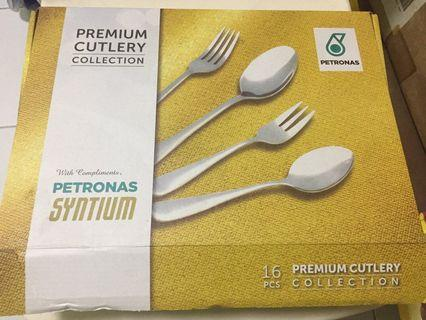 Premium cutlery collection