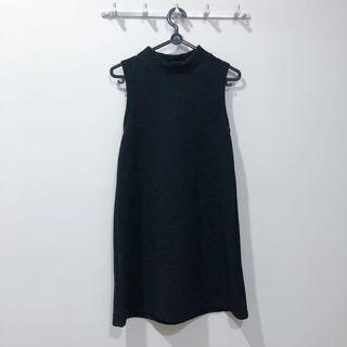🚚 Black Sleeveless Dress