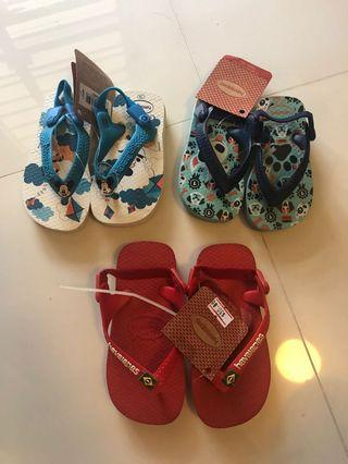 BNWT Authentic Havaianas Baby Slippers