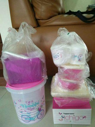 Tupperware Ichigo set 10 pcs