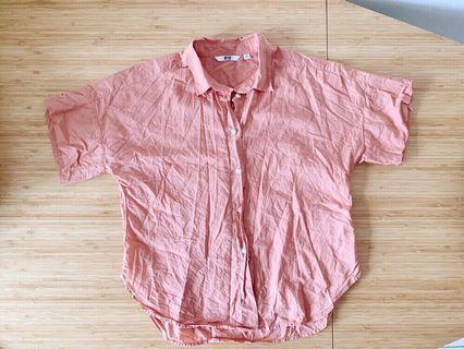🚚 Uniqlo Boxy Short-sleeve Shirt in Dusty Coral (Size XS)