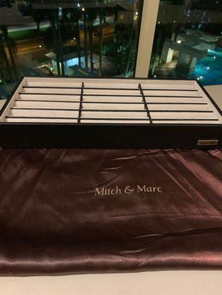Mitch& Marc accessories holder