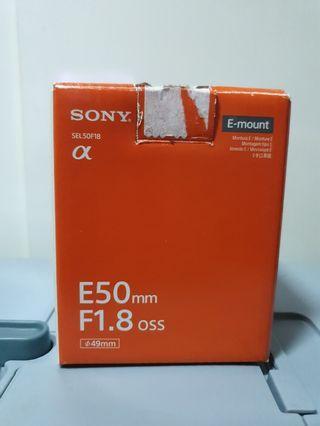 🚚 SONY 50mm f/1.8 oss