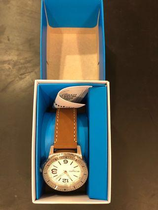 🚚 Columbia Watch