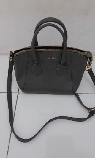 Tas Givenchy Grey