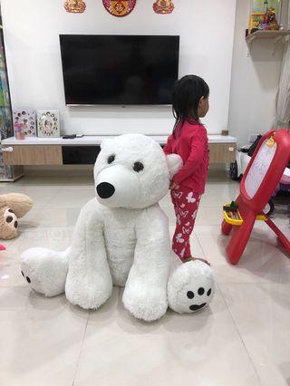 Huge BeAr Soft toys!