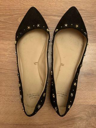 Zara 黑色尖頭平底鞋(size:36)