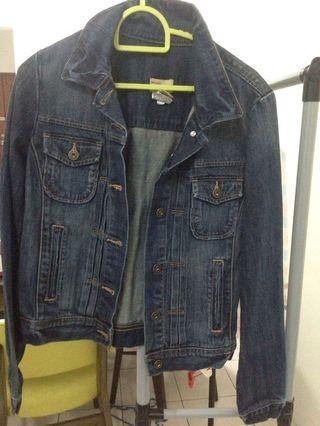 Gap jeans jacket (authentic)