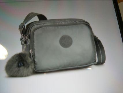 🚚 Kipling 金屬墨灰色雙層側背包
