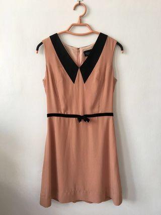 🚚 Iroo  蠶絲粉色v領洋裝 36(有實穿照唷)