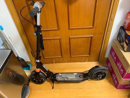 Scooter 滑板車