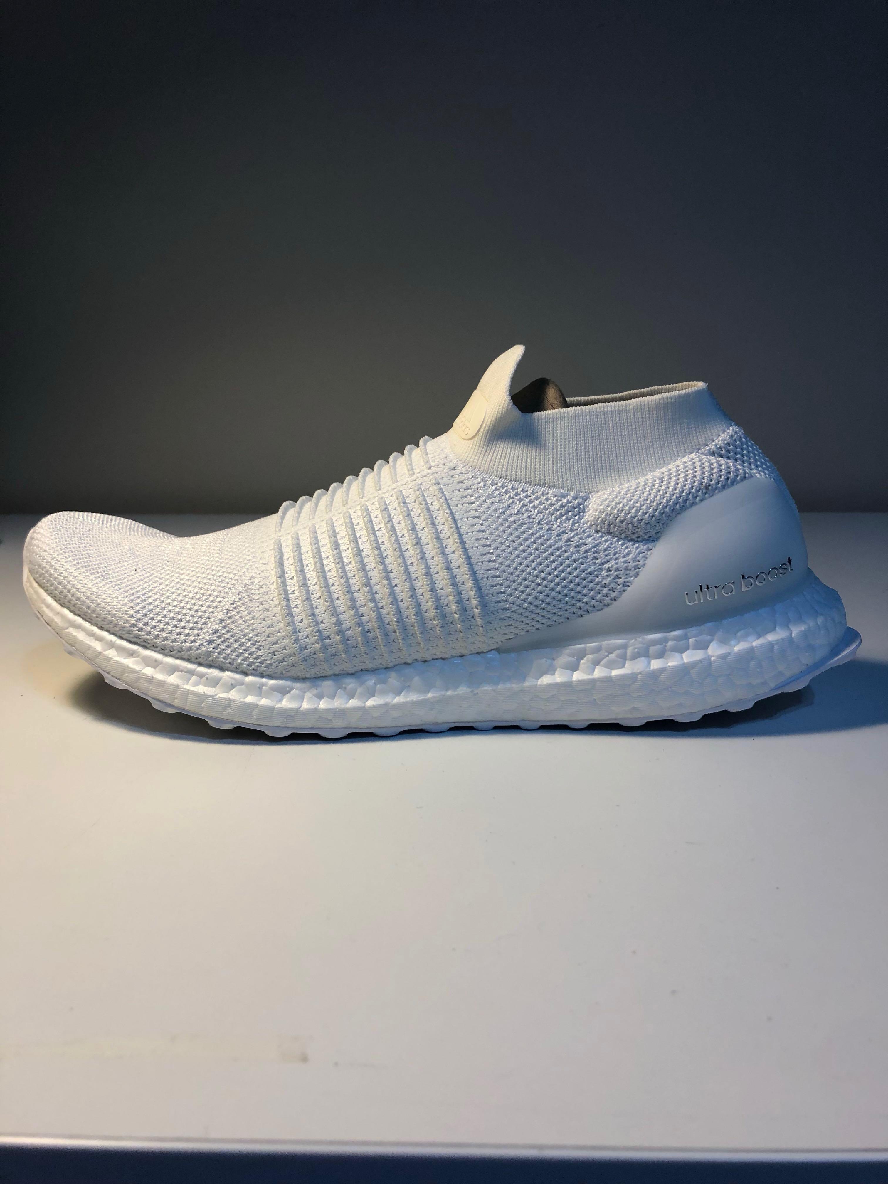 fcef2754 ADIDAS ULTRA BOOST LACELESS TRIPLE WHITE, Men's Fashion, Footwear, Sneakers  on Carousell