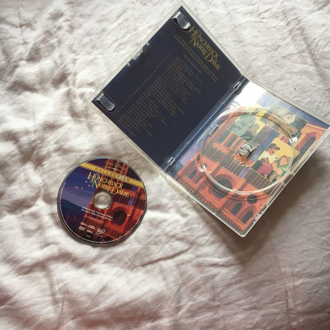 Disney's Hunchback of Notre Dame DVD   In perfect working condition