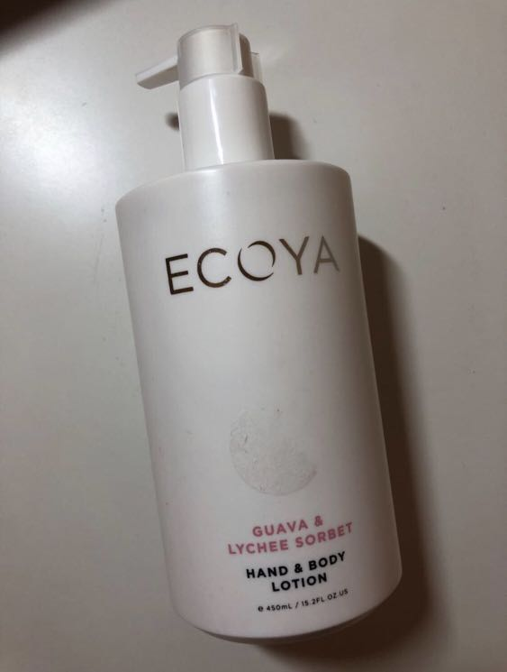 Ecoya Gift Set Bundle (Mini Botanic Candles Set, 3x Candles, Hand & Body Lotion)