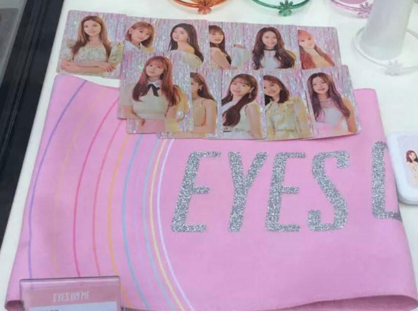 CLEARING WHATS LEFT!! (PO)IZ*ONE 1st Concert 'Eyes On Me' Photo/Post Cards