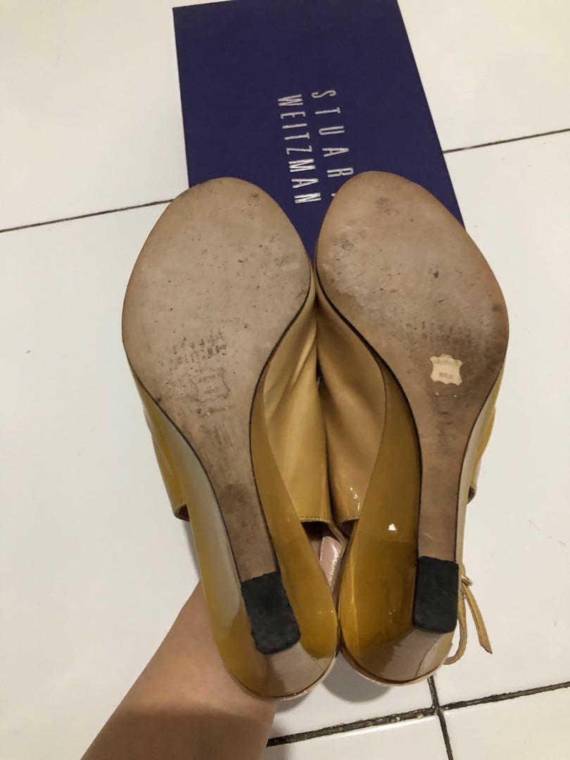 (Preloved) Stuart Weitzman original shoes warna mustard size 37.