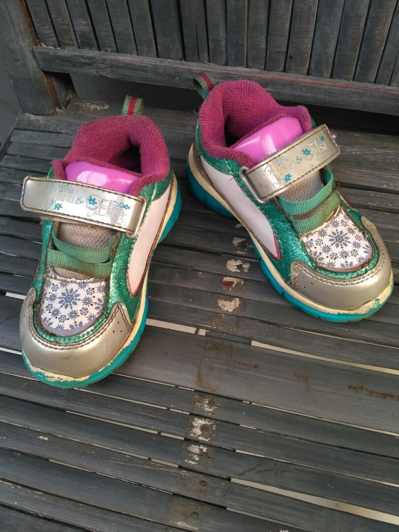 sepatu LED disney frozen