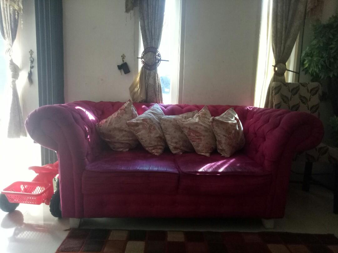 Sofa include sama bantal kursi 5..