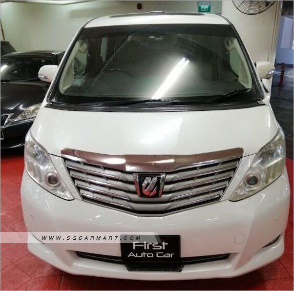 Toyota Alphard (MPV)for rent