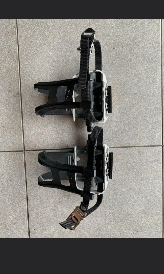 WELLGO Pedal *Clearance * with toe cage!