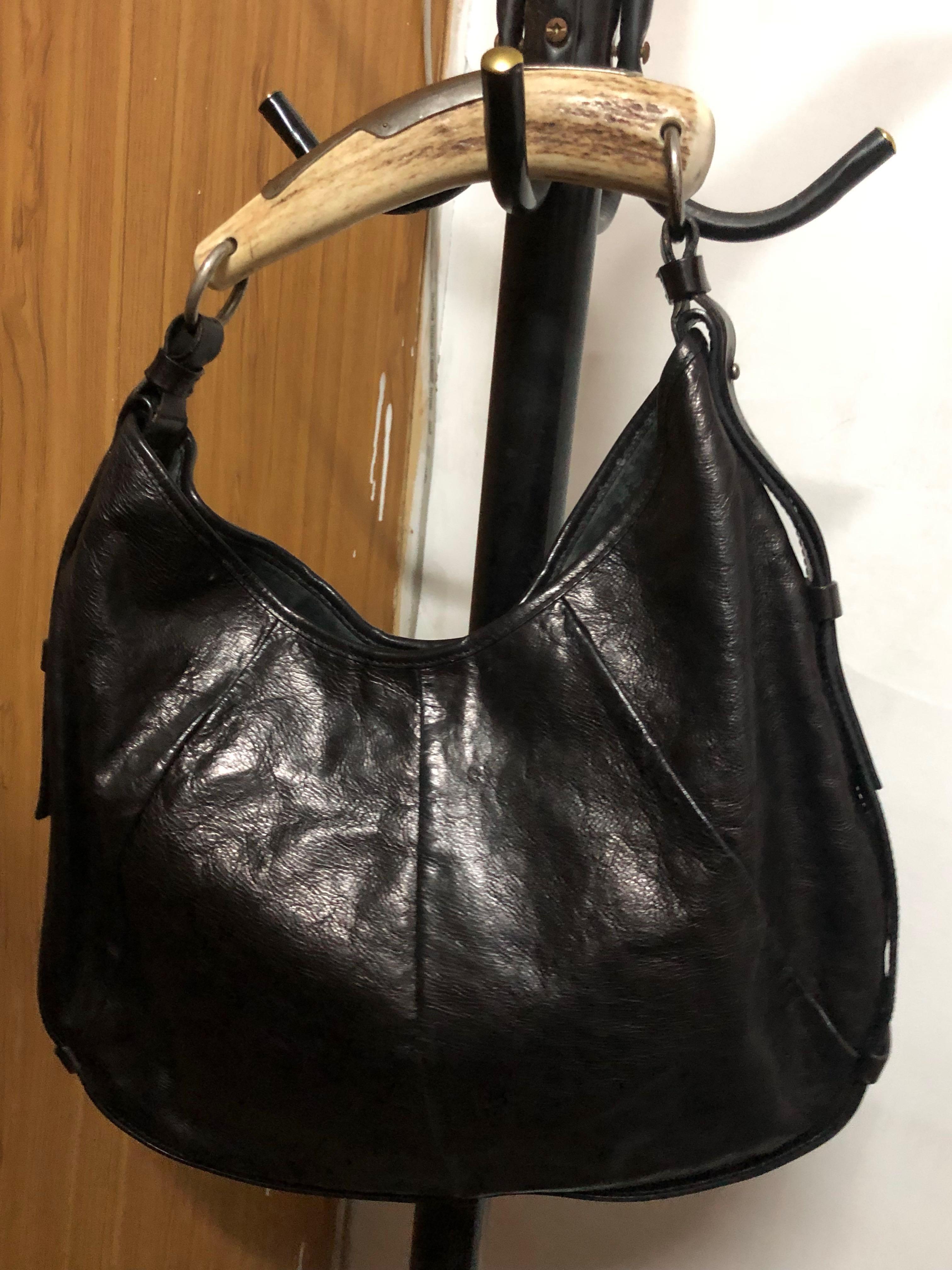 YSL 聖羅蘭(黑.大款)牛角包 手提包 側背包~《特價品》~