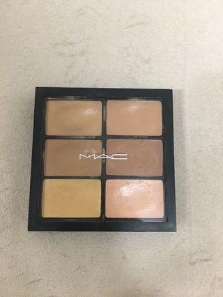Mac遮瑕盤#medium