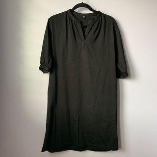 Uniqlo Black Short-Sleeved Dress