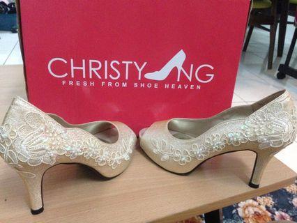 Weeding/dinner heels