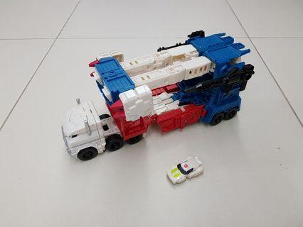 Transformers Combiner Wars Ultra Magnus