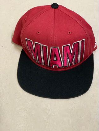 🚚 Adidas棒球帽