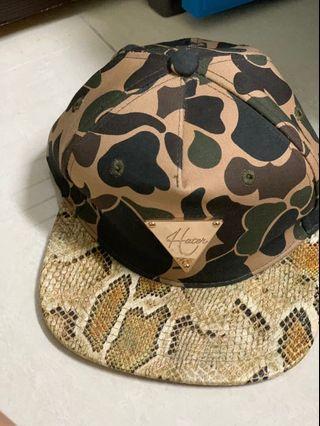 🚚 蛇皮棒球帽