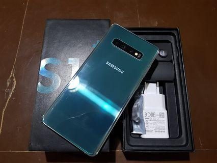 Samsung Galaxy S10+ 128GB Green complete package 1 month old