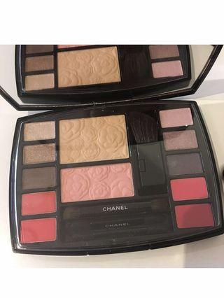 Chanel make up palette with mascara brand new
