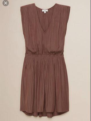 Aritzia Wilfred almeida dress