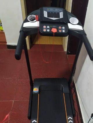 🚚 Used foldable with roller Treadmill good condition