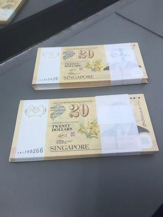 🚚 $20 Notes in 100 pcs stack.