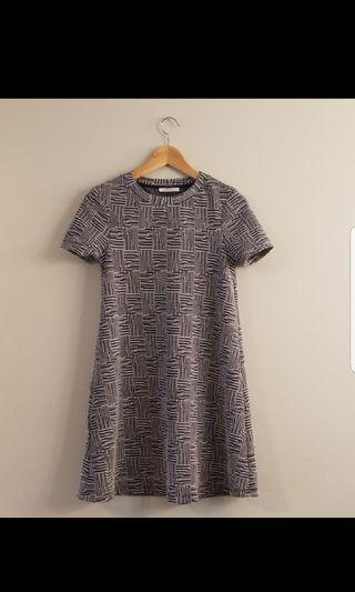 Zara size S blue patterned dress