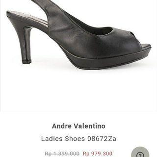 Andre valentino high heels