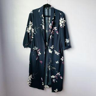 Dynamite Navy Floral Duster