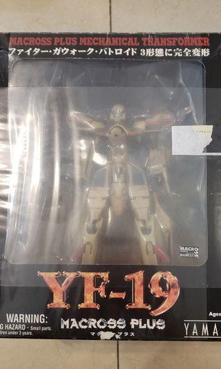 macross Y-19