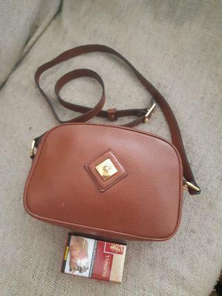 Counreges sling bag ori