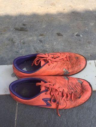 Specs sepatu futsal ori uk 41 murah