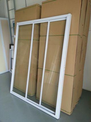 Safety Straight Sliding Glass Shower Screen