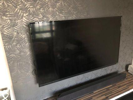 Vizio LED Smart tv 50inch and soundbar